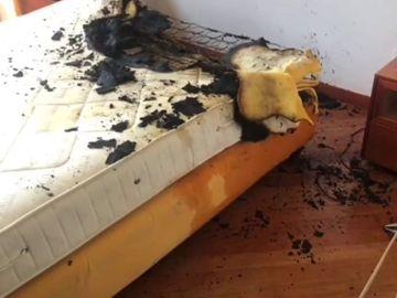 Arde una casa en Valladolid por la explosión de un cargador de móvil