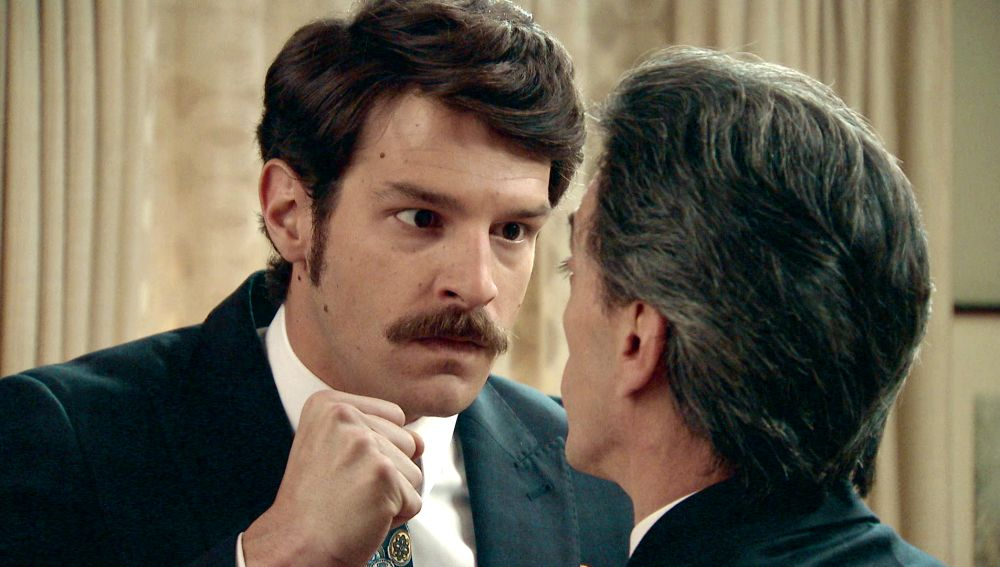Carlos se enfrenta a Domingo por la detención de Ana
