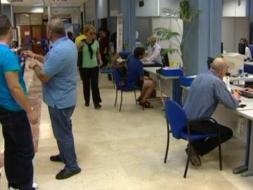 Baja el paro en Canarias a niveles de noviembre de 2008