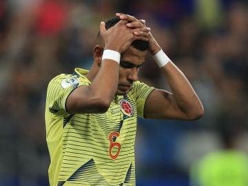 William Tesillo tras fallar el penalti contra Chile