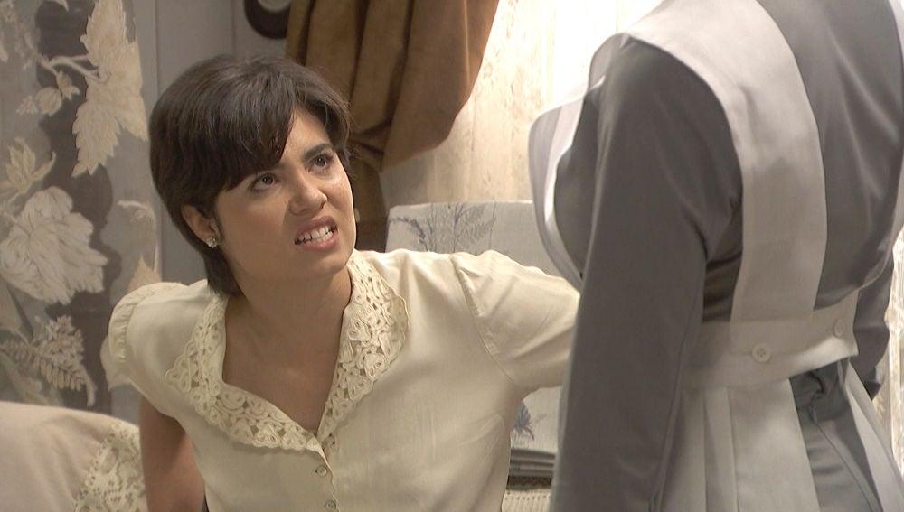 María saca su rabia para imponerse a las órdenes de Dori Vilches