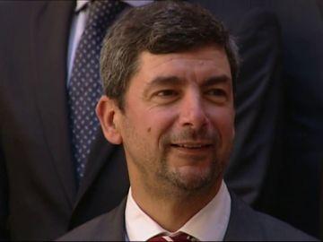 El presidente de la Cámara de Barcelona ve inútil contestar a las preguntas en castellano