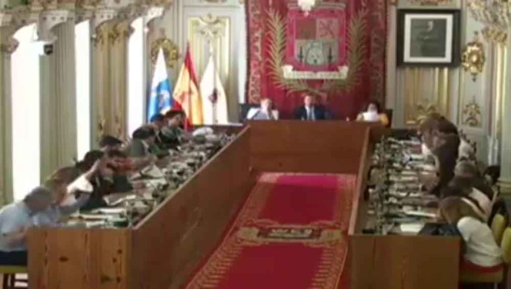 Subirse el sueldo, primera decisión en el ayuntamiento de Las Palmas de Gran Canaria