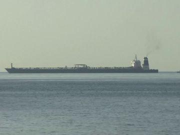 Petrolero detenido por Gibraltar que llevaba crudo a Siria