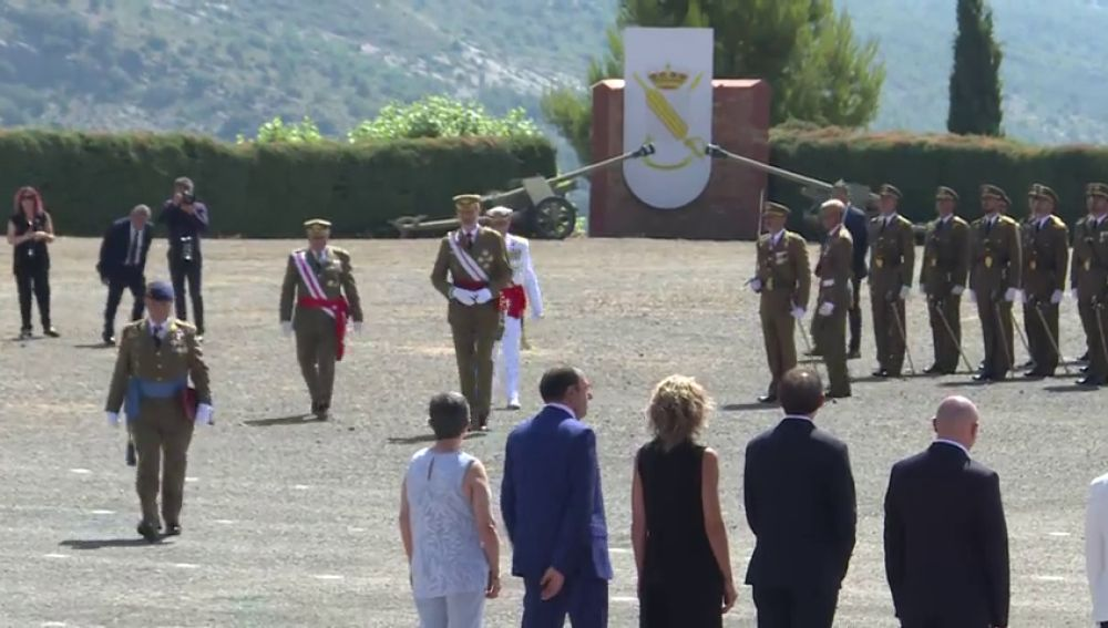El rey vuelve a Cataluña para entregar los despachos a los suboficiales del Ejército