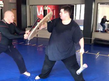 Entrenando con un hacha