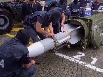 Incautan un importante arsenal de guerra a un grupo neonazi en Italia