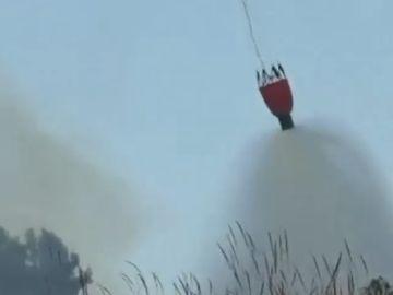 Un incendio calcina 900 hectáreas en Alicante