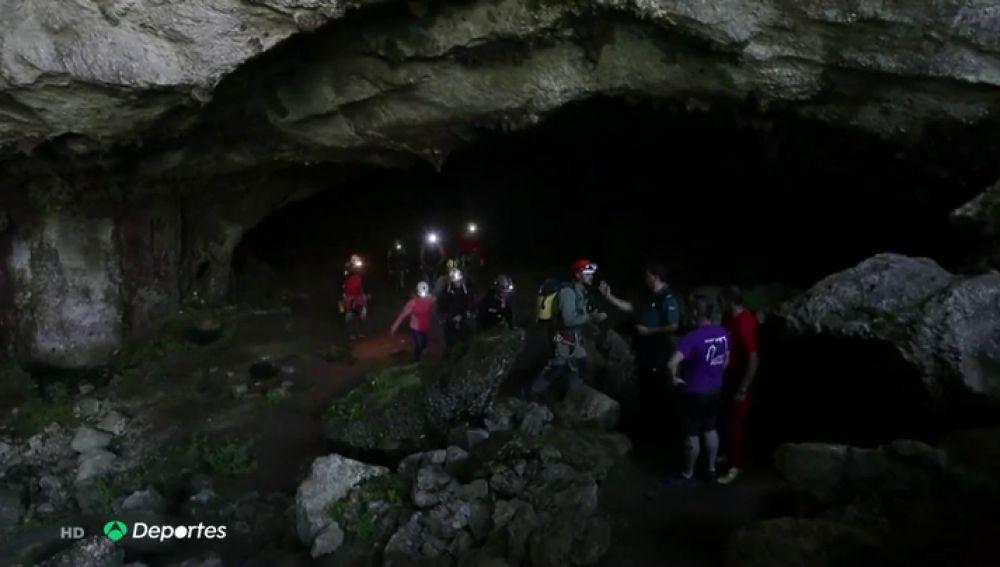 """Revilla critica el rescate de las espeleólogas: """"No podemos gastar dinero público en aventureras"""""""
