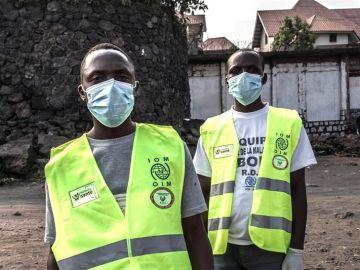 Sanitarios en la República Democrática del Congo luchan contra el ébola