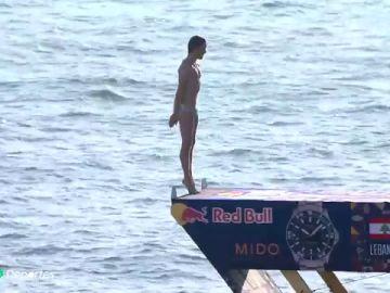 ¡Lo nunca visto!: Gary Hunt consigue el salto perfecto
