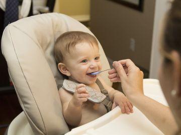 La OMS advierte sobre el exceso de azucar en los alimentos para bebes