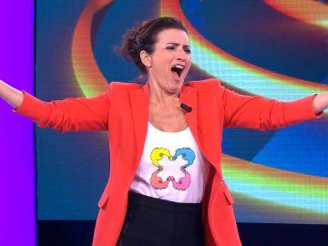 El sonoro aplauso para Silvia Abril al entrar al plató de '¡Ahora caigo!'