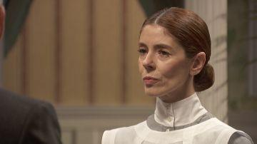 El doctor Zabaleta sospecha que Dori Vilches está detrás del fuerte dolor de María