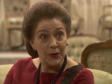 Francisca trata de sobornar al subsecretario