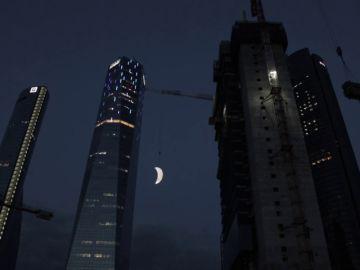Una inmensa Luna brillará en Madrid el próximo sábado para homenajear el 50 aniversario de la llegada del hombre a la Luna