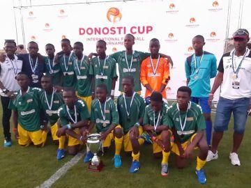 El equipo Diamond Child en la Donosti Cup