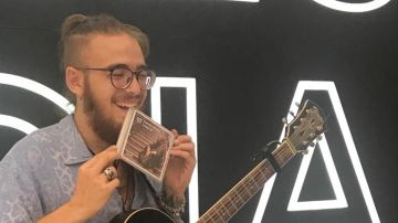 Andrés Martín presenta su disco, 'Línea 10', en Antena 3