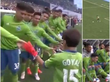 Un niño con leucemia cumple su sueño de ser futbolista profesional