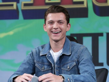 Tom Holland presentando 'SpiderMan: Lejos de Casa'
