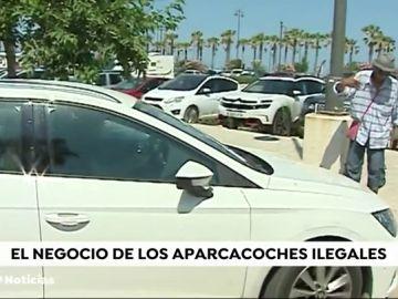 Crece el número de aparcacoches ilegales en Valencia