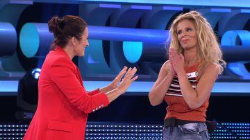 Inma se lleva un cuantioso premio gracias a la 'gallina dobladora' en su tercera vez en '¡Ahora caigo!'