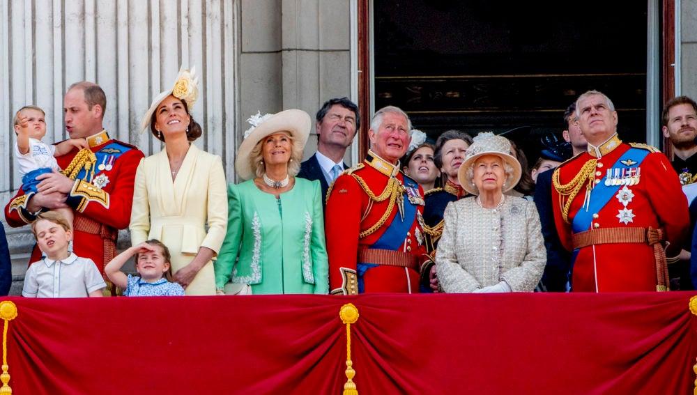 Familia Real Inglesa durante del 'Trooping the colour'