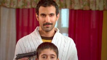 Halil pierde los nervios y amenaza a Feriha