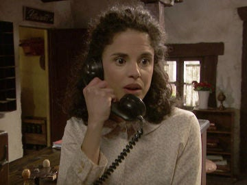 """Avance 'El secreto de Puente Viejo': Esther hace una intrigante llamada: """"Aún no he conseguido lo que venía a buscar""""."""