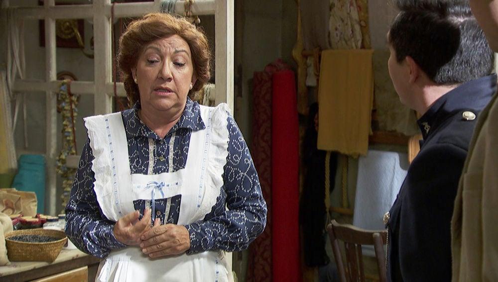 'El secreto de Puente Viejo': Dolores empieza a desconfiar de la relación entre Don Berengario y Esther