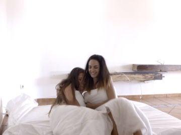 Marina y Desiré se llevan el colchón, un edredón y una invitación a pescar