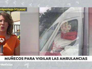 Vigilados por muñecos hinchables dentro de las ambulancias para sustituir a los vigilantes