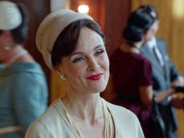 Silvia Marsó es Julia de Ruíz Lagasca en 'Velvet'