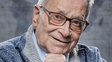 Francisco Moyano: El guardia civil romántico de 'Por el mundo a los 80'