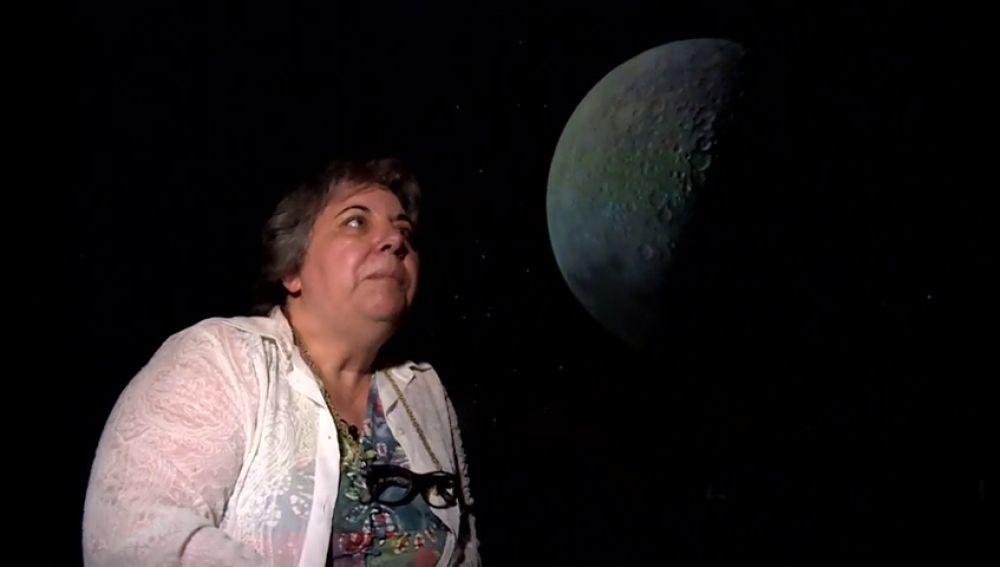 Conociendo la Luna con la ayuda de una astrofísica