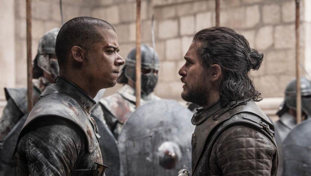 Gusano Gris y Jon Snow en el final de 'Juego de Tronos'