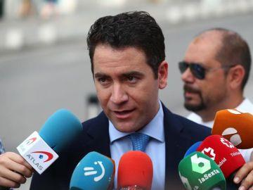 Teodoro García Egea responde a los periodistas