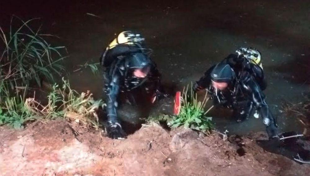 Rescate de un ahogado en el río Henares