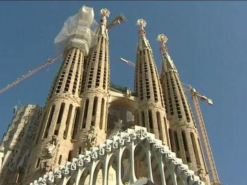 La Sagrada Familia recibe la licencia de obras del Ayuntamiento de Barcelona tras más de 130 años pendiente
