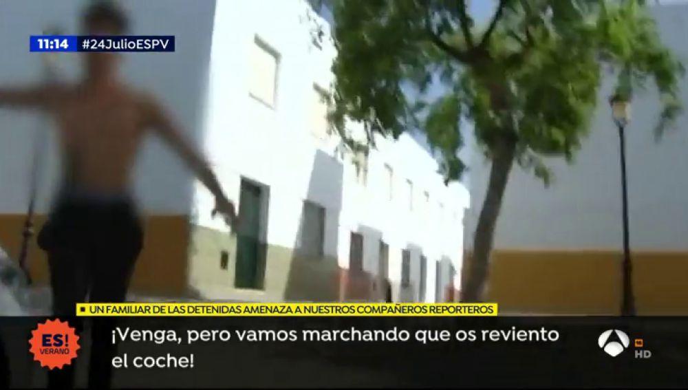 """La familia de las estafadoras de un programa de televisión amenaza a 'Espejo Público': """"Os reviento la cara"""""""