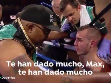 La terrible agonía en directo del boxeador Maxim Dadashev sobre el ring: muere a causa de los golpes