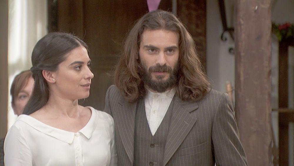 Avance 'El secreto de Puente Viejo': Elsa e Isaac, a punto de contar una importante noticia
