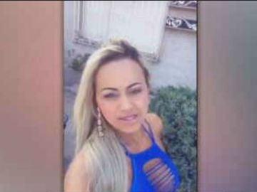 Raquel Castro, Striptease