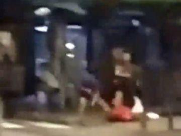 Herido grave un hombre tras recibir una paliza en L'Hospitalet de Llobregat