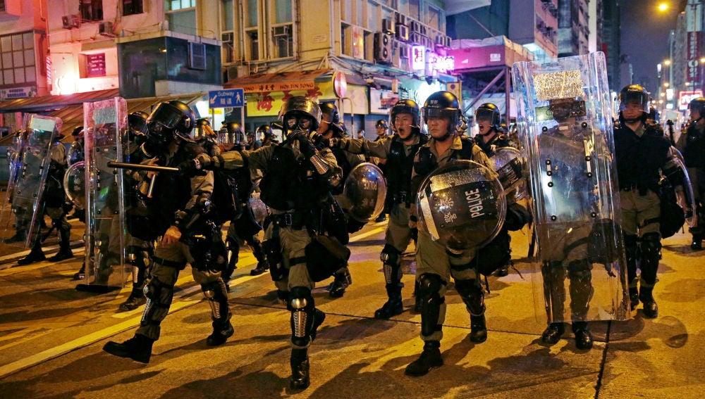 La Policía hongkonesa detiene a más de 20 manifestantes tras enfrentamientos