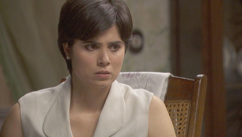 María accede al subconsciente de Vilches para descubrir su secreto