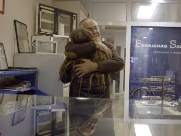 El padre de Lidia se viene abajo tras su visita