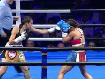 Joana Pastrana pierde su corona mundial de boxeo ante Yokasta Valle