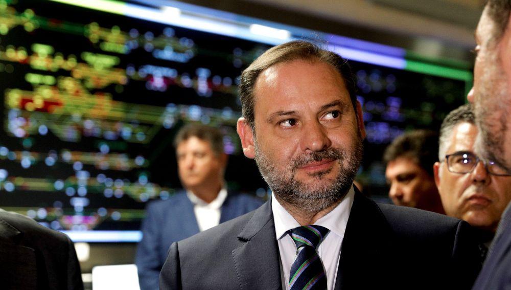 Ábalos reitera la promesa de Sánchez de abordar la reforma de la financiación