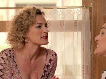 Silvia, frustrada al descubrir el secreto de Benigna